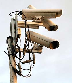 250px-Surveillance_quevaal